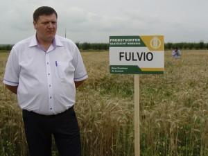 Fermierul drd. ing. Vasile Cărăbăţ  recomandă soiul de grîu Fulvio