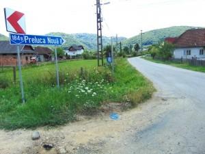 Drumul asfaltat către Preluca Nouă
