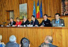 Ioan Florin Urs (director APIA), Aurica Todoran (secretar CJ), Alexandru Cosma (subprefect), Vasile Moldovan (prefect), Vasile Pop (director adjunct DSVSA) şi Daniel Botiş (APIA)