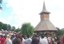 Mulţime de credincioşi la Rohiiţa