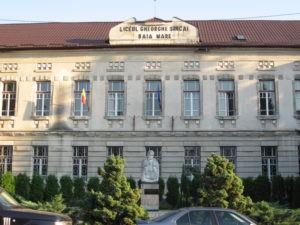 """Opt note de 10 la matematică s-au înregistrat la Colegiul Naţional """"Gheorghe Şincai"""" Baia Mare"""