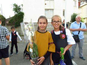 Ana Maria şi Mădălina (Colegiul Lucaciu)