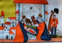 Icoană pe sticlă cu Naşterea Domnului din colecţia pe icoane pe sticlă aflată în Biserica de lemn din Ieud-Şes