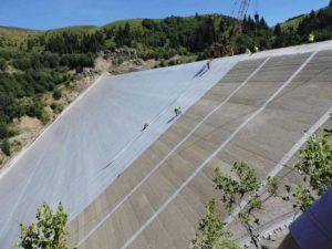 Montarea măștii permanente la barajul Runcu (2 februarie 2020)