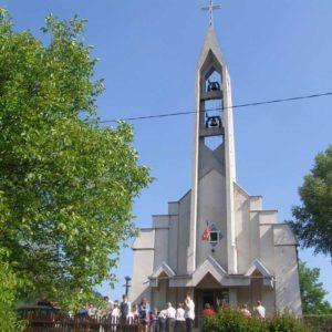 """Biserica greco-catolică """"Schimbarea la Față"""" din Ferneziu - Baia Mare"""