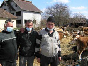 Fermierii Ducu Buhai, Radu Ghițiu și Cornel Geiger, la protest