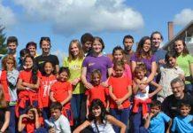 Elevi şi cadre didactice la Ponorîta