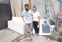 Andra şi fratele său, Mihai, în atelier