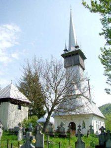 Biserica de piatră din satul Vălenii Lăpuşului