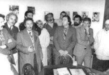 În Sala Nichita Stănescu, de la Desești, 1987. În prim-plan, Laurențiu Ulici, Marin Mincu, Marin Sorescu, Gheorghe Pârja, Ion Iuga, Angela Marinescu.